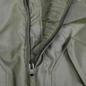 2020-03/cwu45-zipper-and-isolation